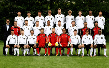 Dfb_wallpaper_team_1280x800px