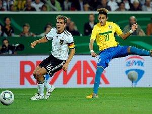 110810_neymar
